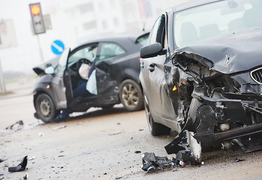 DO\'S AND DON\'TS WHEN YOU GET IN A CAR WRECK | Amaro Law Firm
