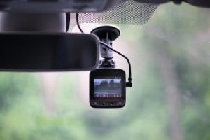 Should Commercial Trucks Be Equipped with Cameras