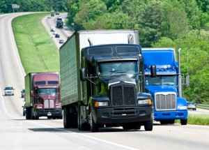 Feds Propose Speed Limiters for Commercial Trucks & Buses