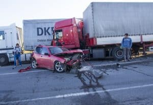 What to Do after a Truck Wreck That's NOT Your Fault