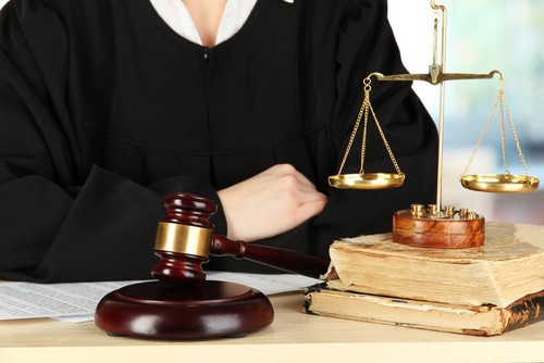 How Long Do Personal Injury Claims Take: 6 Factors That Can Impact Duration of Claims